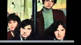 Watch Kinks Ring The Bells video