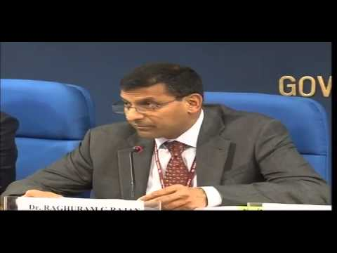 Chief Economic Advisor Shri. Raghuram G. Rajan Interacting With Media on the Economic Survey