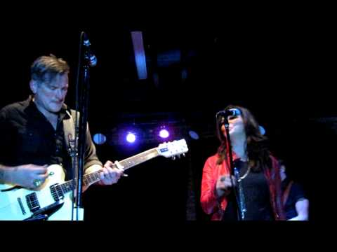 "Butch Walker & Martina McBride ""She's Got You"" Patsy Cline Cover"
