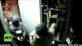 CCTV footage: Truck looting gang in action in S. Italy