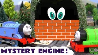 Learn Colors guessing the Thomas & Friends Mystery Engine in the tunnel TT4U