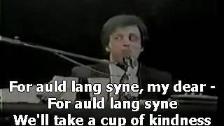 Watch Billy Joel Auld Lang Syne video