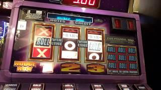 empire roll fruit machine jackpot nudge in and superstreak machine mixed streaks  sandown pier 2018