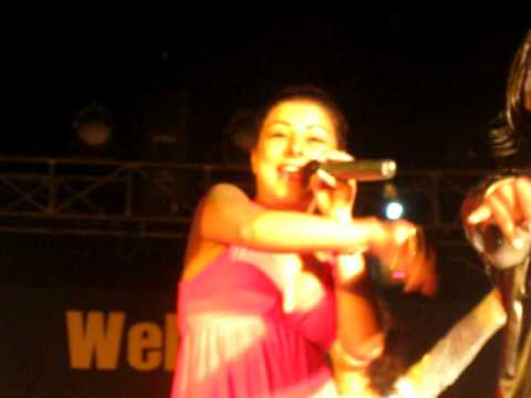 Hard Kaur at Glimpse Party 2009.Video.avi