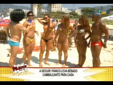 Panico na TV: Sabrina Sato e Viviane Araujo na Praia de Ipanema 2009