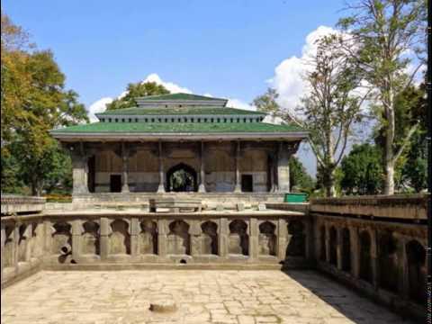 Shalimar Bagh - Mughal Gardens at Srinagar - Jammu & Kashmir Tourism - Incredible India