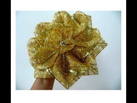 Moños navideños flores de caramelo escarchadas en cintas