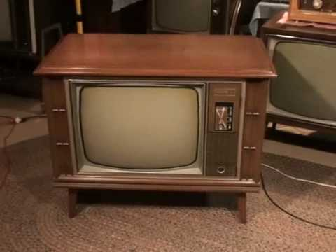 Watch A 1970 Zenith Color Tv And News Broadcast From