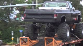 Huge Chevy 4x4 Lifted Up Truck