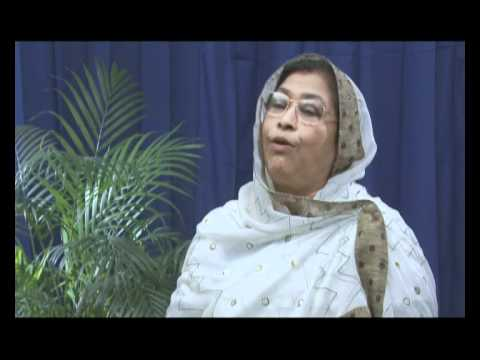 Former Principal of Viqarunnisa Noon School and College Hamida...