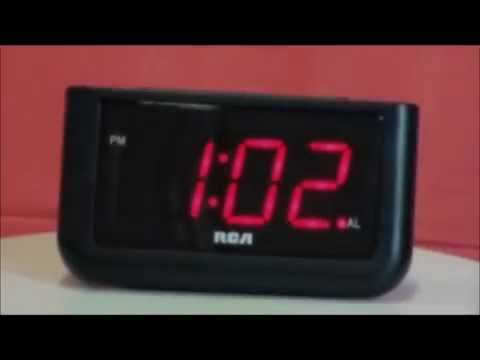 RCA RCD30 Electric Large Display Alarm Clock