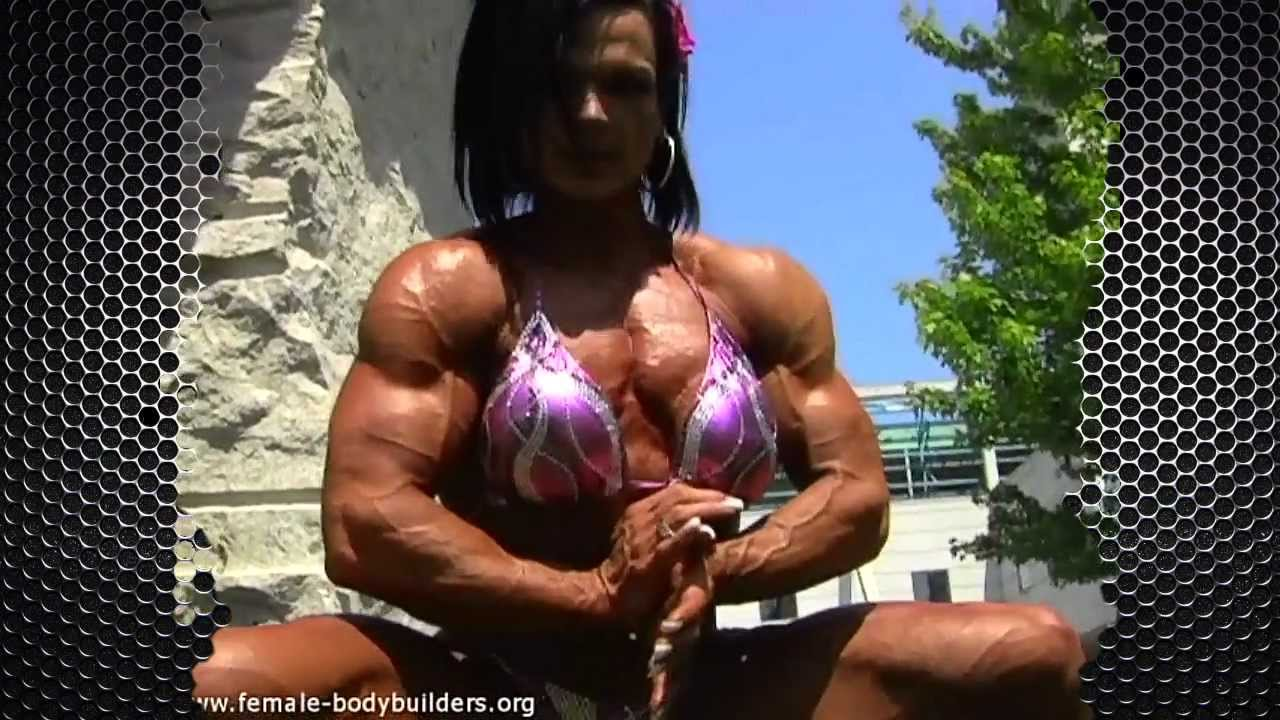 3 female bodybuilders play with each other 6