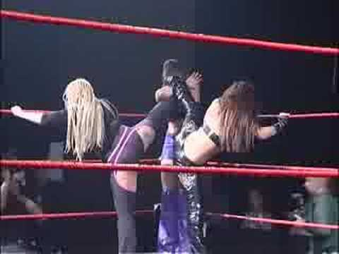 Queens Of Chaos Female Wrestling