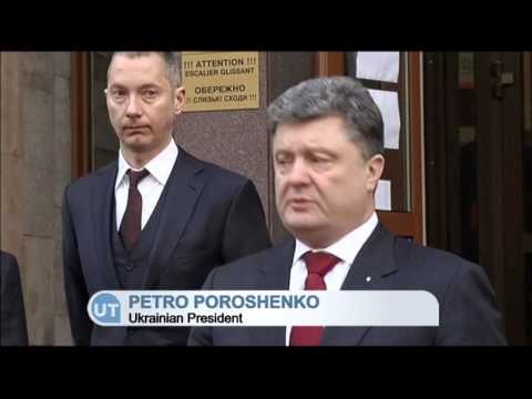 Poroshenko Visits French Embassy: Ukraine's President mourns victims of Paris shooting