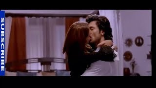 commando2 all kiss scene