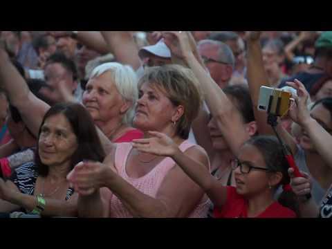 Fásy Mulató Orosháza főterén – Szóljon magyar dal a magyar otthonokban