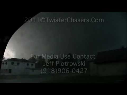 EF-5 Joplin MO Tornado May 22 2011.mov