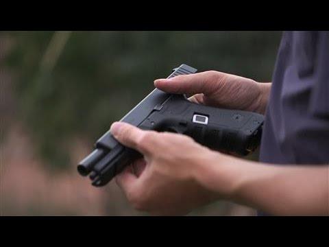 This 19-Year-Old Made a Fingerprint Lock Smart Gun