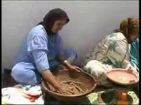 Production d'huile d'argan au Maroc
