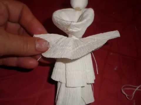 Izrada ukrasnih anđela od krep-papira..
