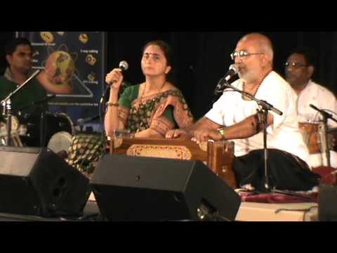 Atul Purohit Garba Toronto 19 Oct 2013 Part-3 video
