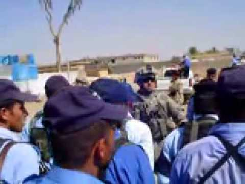 Soldier Insults Iraqi police Video