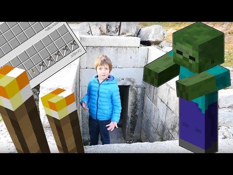Игра майнкрафт. Поиск пещеры. Сражение с Зомби. Выживание.