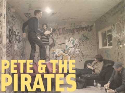 Pete & The Pirates - Moving