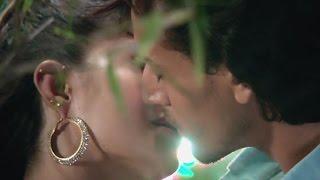 Tiger & Jacqueline's Kissing Scene In 'A Flying Jatt' | Bollywood Gossip