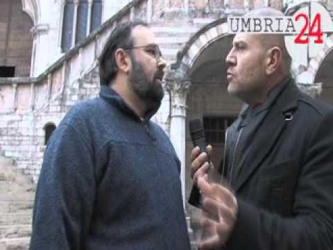 I presunti abusati insieme alle Iene provano a parlare con il vescovo