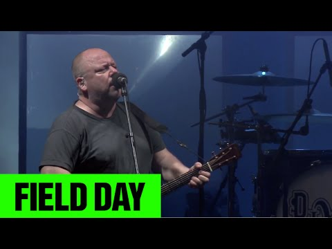 Pixies Here Comes Your Man | Field Day 2014 | FestivoTV