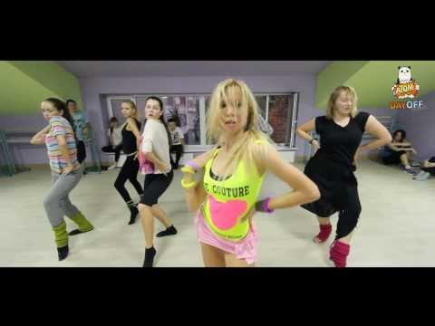 Ricki Martin Feat Daddy Yankee -- Drop it on me  SEXY LATINA by Tanya Hrestina