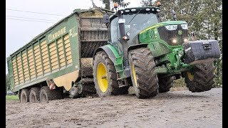 John Deere Häcksler in Action | Case Quadtrac 550 | Chopping Maize | Farming | AgrartechnikHD