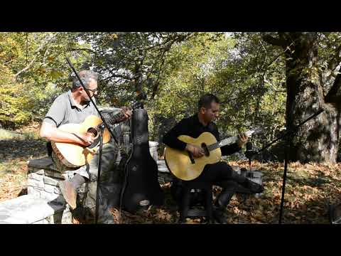 Yiannis and his friend Nikos from Athens playing �в��ка(Little weeping willow),an old Russian song written by �на�олий �огилев�кий (Anatoly Mogilevsky). We both love...