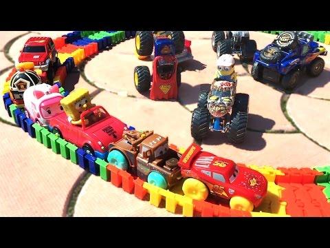 Машинки играют на улице. Весёлое видео для детей. Игрушки из мультика: Робокар Поли, Тачки. 애니메이션 영화