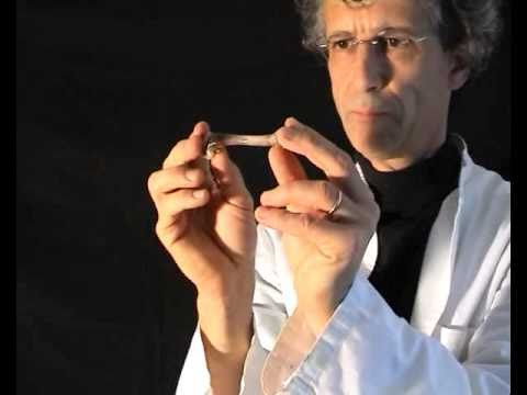 un os dans l 39 acide chlorhydrique par jean duperrex youtube. Black Bedroom Furniture Sets. Home Design Ideas