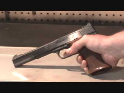 Smith and Wesson Model 41 .22 LR target pistol basic field strip procedure