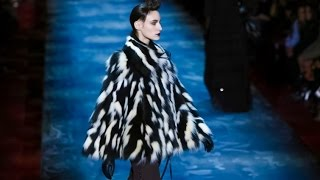 Marc Jacobs | Fall Winter 2015/2016 Full Fashion Show | Exclusive