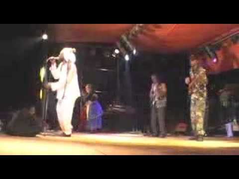 Lucky Dube   Soldier Live, 20032 video