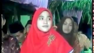 Pengajian Lucu  KH fauzy Arkan   & Qasima