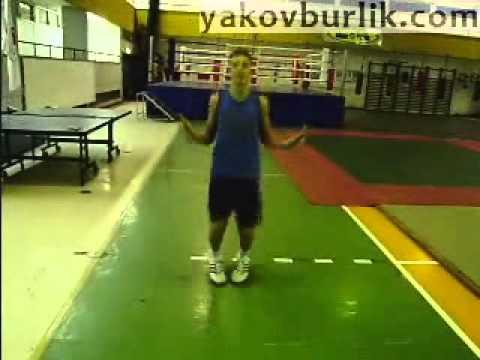 Прыжки со скакалкой для боксера