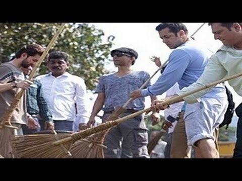 Salman Khan accepts PM Narendra Modi's CLEAN INDIA CHALLENGE