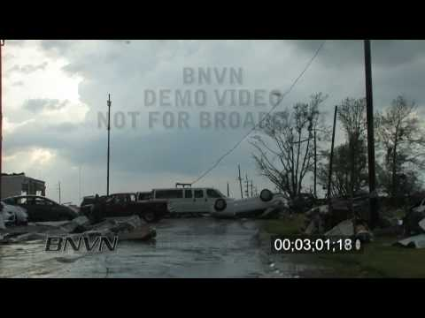 5/13/2009 Kirksville, MO Tornado Video Part 3 - Aftermath Footage