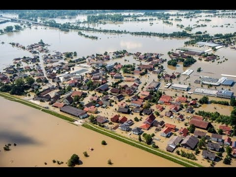 THOUSANDS EVACUATED AS WORST FLOODING IN 500 YEARS RAVAGES EUROPE (JUNE 3, 2013)