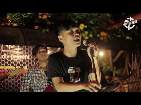 Download Mayones - Terasingi Live @NAKEDWAVE Mp4 baru