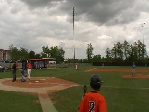 Marcus Knecht solo Homerun with Connors State College vs Eastern April 25th, 2010.MOD