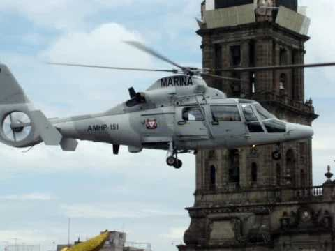 Despegue Helicopteros Black Hawk desfile militar Mexico 2009
