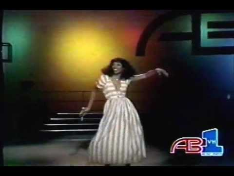 DONNA SUMMER - LOVE TO LOVE YOU BABY vs U.S.U.R.A remix