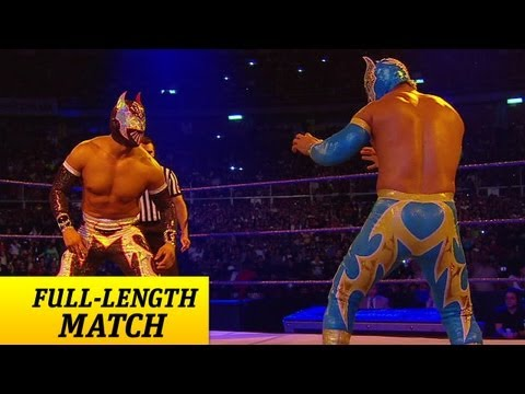 Full-length Match - Smackdown - Sin Cara Vs. Sin Cara - Mask Vs. Mask Match video