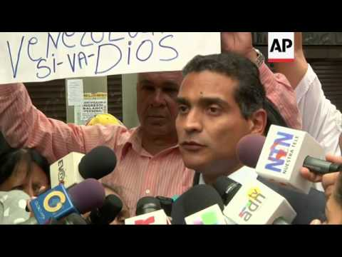 Opposition leader Leopoldo Lopez appears in court in the ongoing trial against him